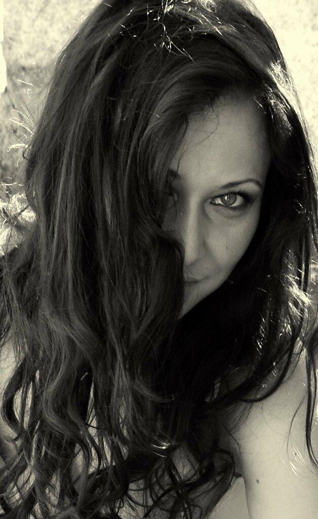 Melina4.jpg